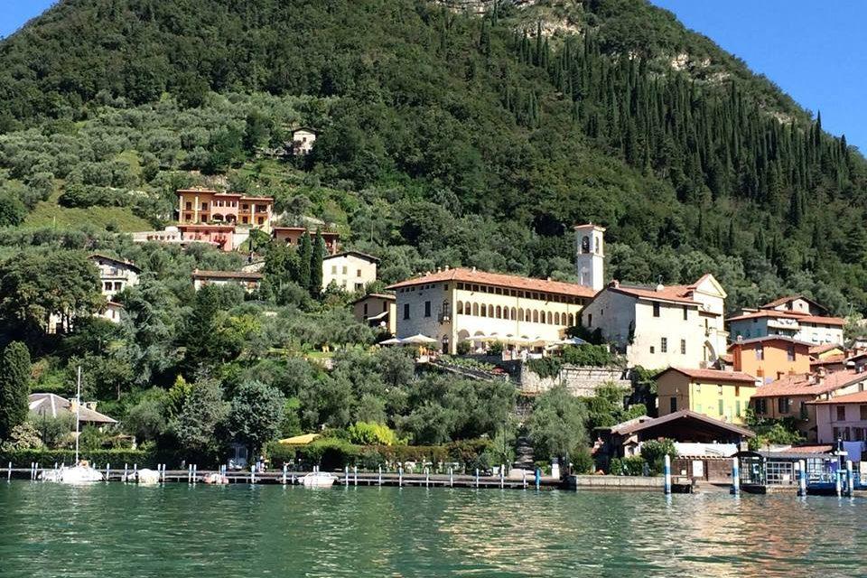 OLDOFREDI CASTLE - Monte Isola, Brescia